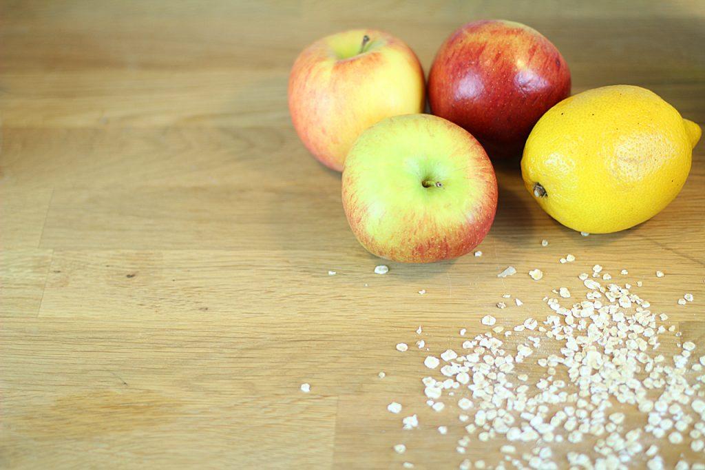 DIY Haarkur und Gesichtsmaske mit Apfel