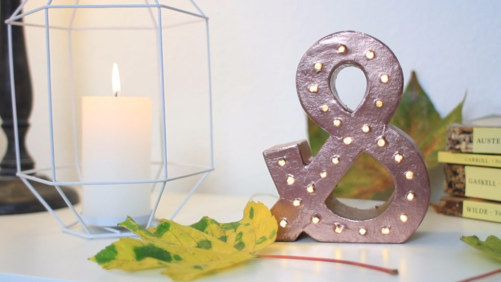 DIY Deko Kupfer – Buchstabenlampe